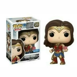 Funko Pop Wonder Woman with Motherbox  #211